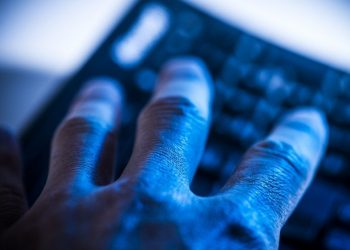 Code DDOS Python trên Windows