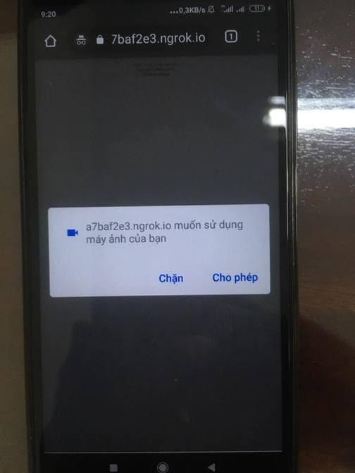 điện thoại nạn nhân bị hack camera