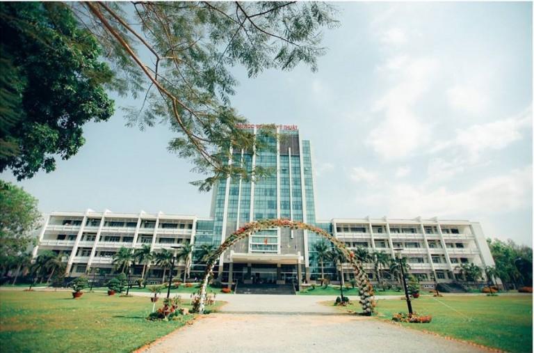 Trường Đại học Sư phạm Kỹ thuật TP. HCM