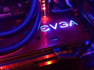 Có 2 loại GPU: tích hợp và rời