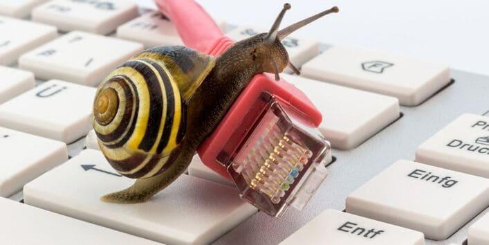 9 điều có thể làm chậm mạng Wifi nhà bạn